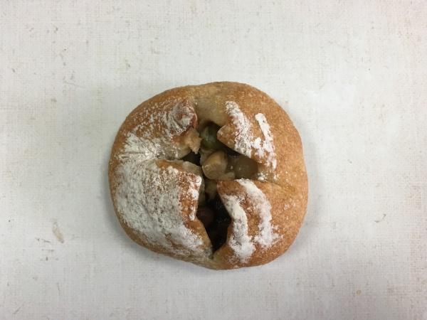 フール・ド・ファリーヌ 五種類の豆が入った田舎パン